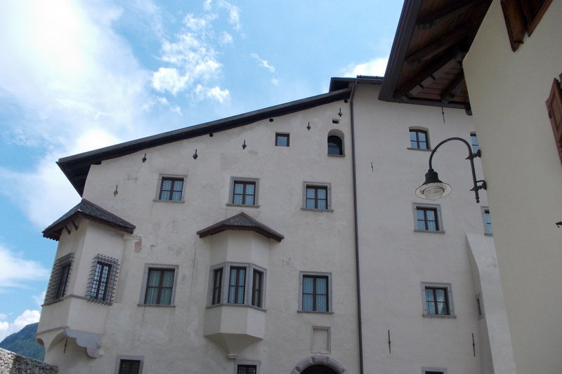 2/06/2018 - Trenino dei castelli